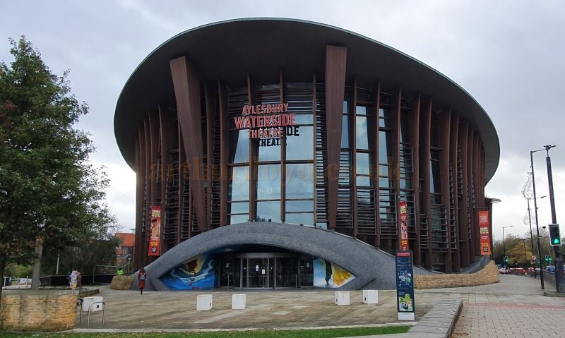 The Waterside Theatre, Aylesbury during the Coronavirus Pandemic in October 2020 - Photo M.L.