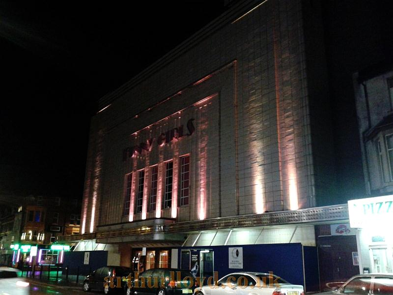 A photograph of Funny Girls, Blackpool, formerly the Odeon Theatre, in August 2012 - Photo M. L.