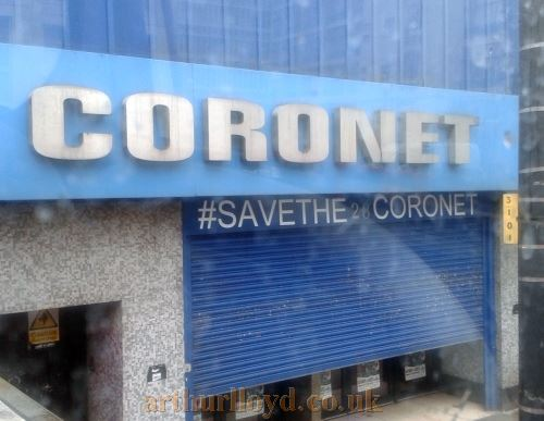 The Coronet Theatre displaying the hashtag #savethecoronet in October 2014 - Photo M.L.
