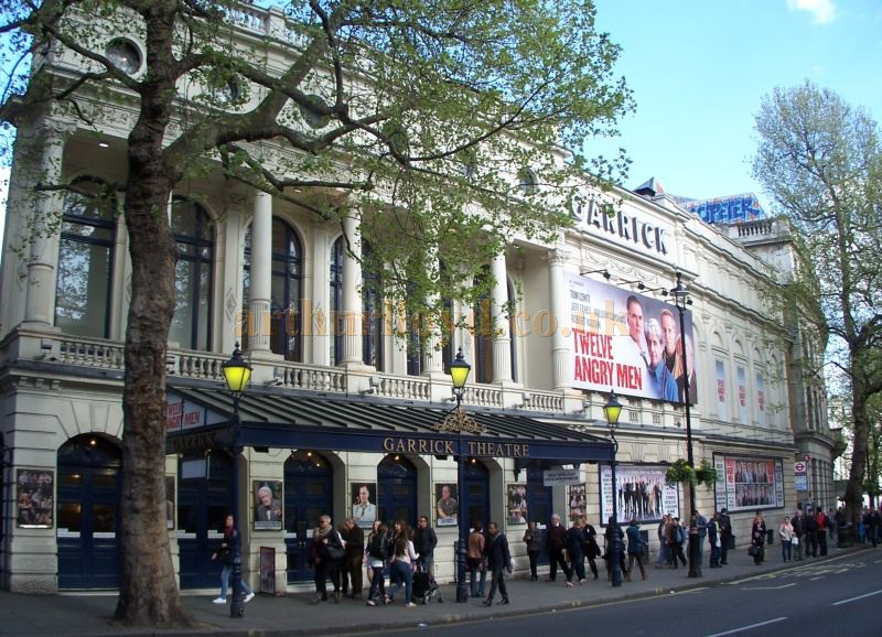 The Garrick Theatre during the run of 'Twelve Angry Men' in April 2014 - Photo M. L.