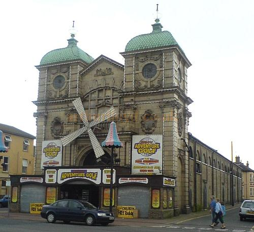 The Windmill Theatre, Great Yarmouth in 2007 - Courtesy Charles Bowman.