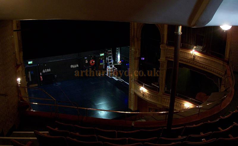 The auditorium and stage of the Harold Pinter Theatre in a photograph taken from the Upper Circle in September 2009 - Photo M.L.