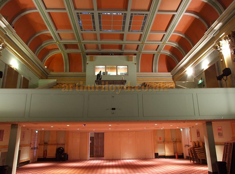 The auditorium of the Rhyde Theatre, Isle of Wight, in 2009 - Courtesy Mark Price - Theatres Trust