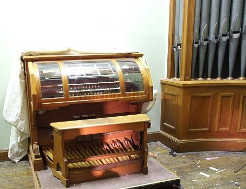 The original organ for the building housed in the Rhyde Theatre, Isle of Wight, in 2009 - Courtesy Mark Price - Theatres Trust