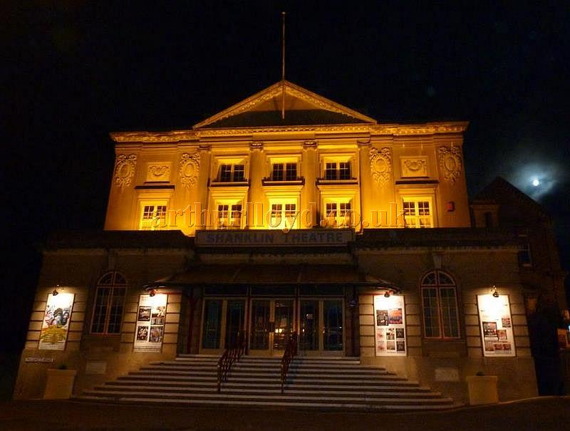 The Shanklin Theatre, Isle of Wight at night  - Courtesy Mike Crowe, Vic Farrow, and Anthony Wood
