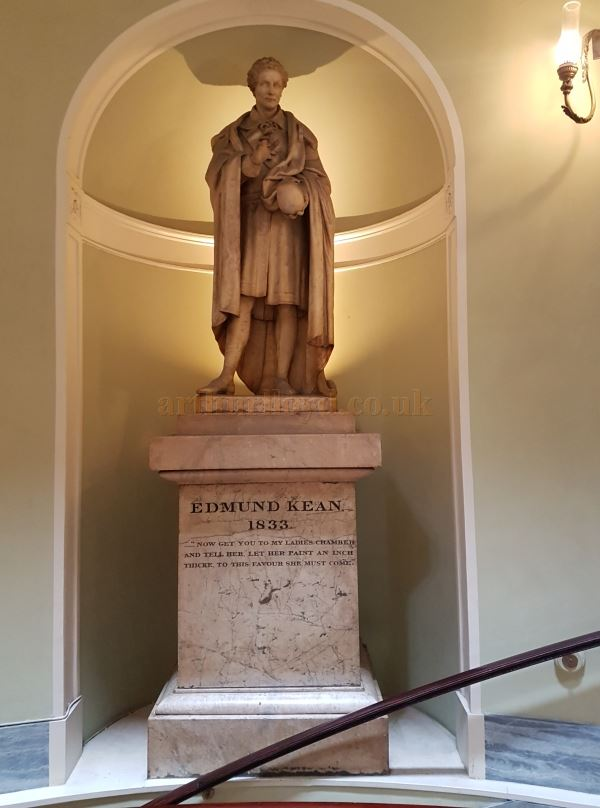 The monument crafted by Carew, and created by subscription to commemorate Edmund Kean which was placed in the Rotunda of the Theatre Royal, Drury Lane in August 1835, and is still there to this day, alongside one of David Garrick. Kean died in 1833 - Photo Courtesy Jordan Smith.
