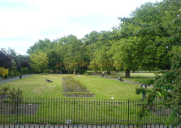 The same view of Kennington Gardens in June 2009 - Courtesy Charles Bowman