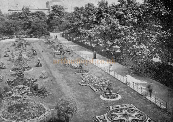 Kennington Gardens and the Kennington Theatre - From a postcard sent in 1903