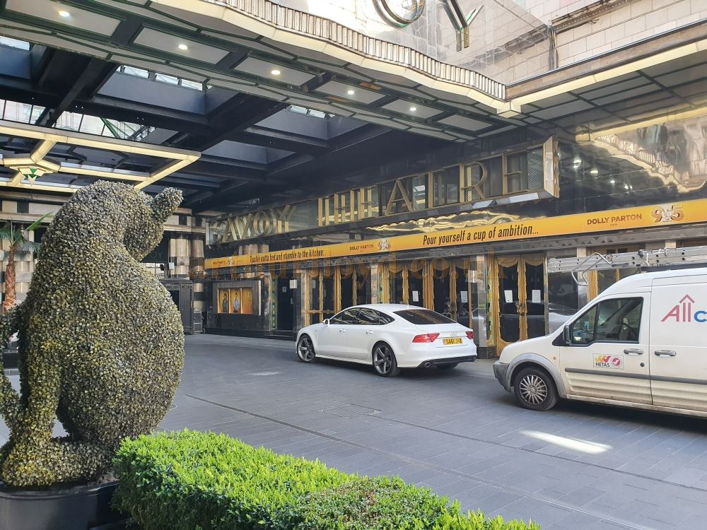 The Savoy Theatre's main entrance is watched over by a lonely topiary cat on March the 23rd 2020 during the Coronavirus Pandemic - Photo M.L.