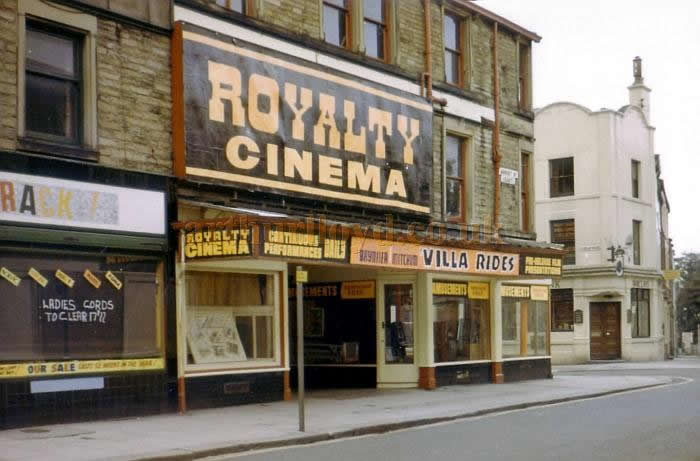 The Royalty Theatre in use as a cinema in the 1960s showing the film 'Villa Rides' - Courtesy Harry Rigby