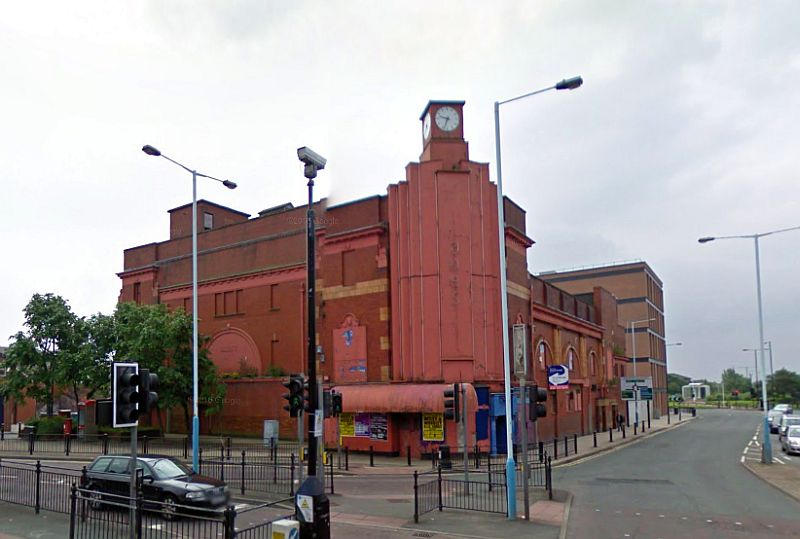 A Google StreetView Image of the former Grand Theatre, Oldham - Click to Interact