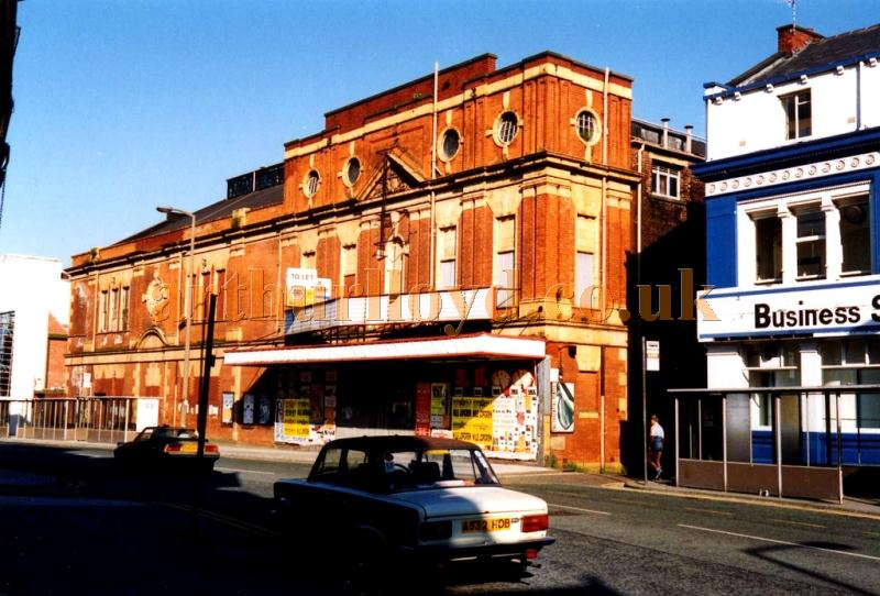 The Palace Theatre, Oldham in a photograph taken in 1990, several years after the Theatre had closed and two years before it was demolished - Courtesy Eric Krieger
