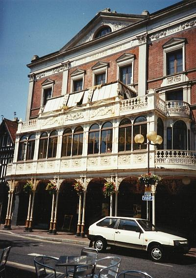 The Theatre Royal, Portsmouth in a photograph taken in the early 2000s - Courtesy David Garratt
