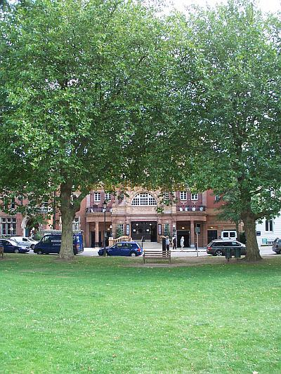 The Richmond Theatre, Surrey, in a photograph taken from the green in August 2009 - Photo M.L.