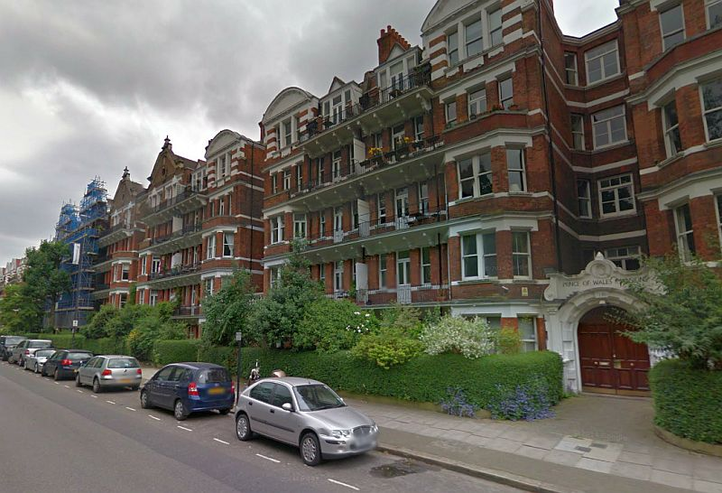 A Google StreetView Image of Albert Palace Mansions and Prince of Wales Mansions, which are siutated on the site of the former Albert Exhibition Palace, Battersea - Click to Interact