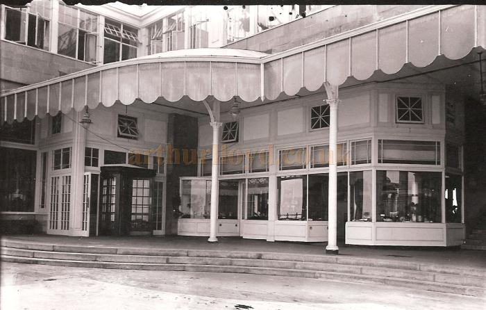 Frank Tugwells Ocean Ballroom part of the Spa Complex which was added in 1924/5 and brutally altered in 1968 - Photograph courtesy Adrian Tonner whose grandfather, Moses Halladjian, took the photograph and was a freelance photographer in Scarborough from 1925 to 1937.