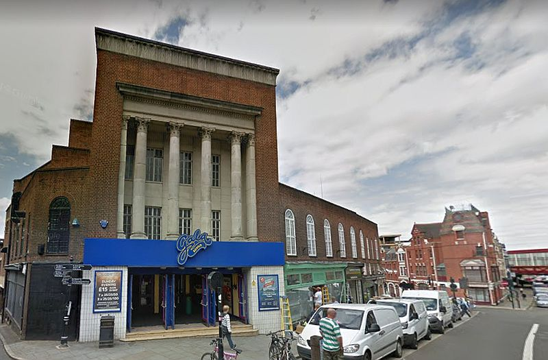 A Google StreetView Image showing the former Granada Theatre, Shrewsbury - Click to Interact.