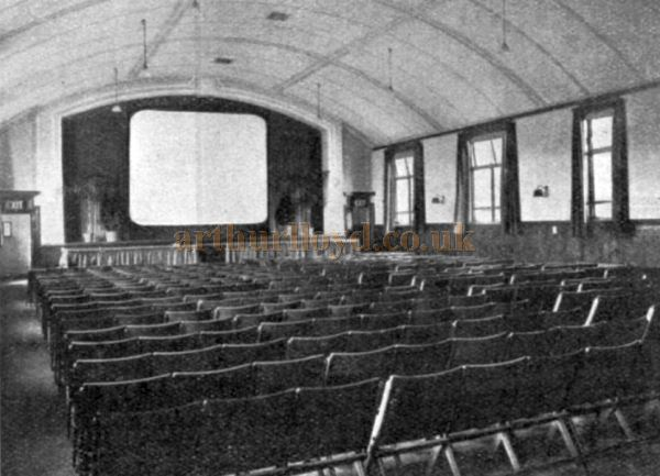 Stirling's Richmond Cinema, later the Little Theatre, Stirling photographed around 1930, courtesy of Hugh Thomson.
