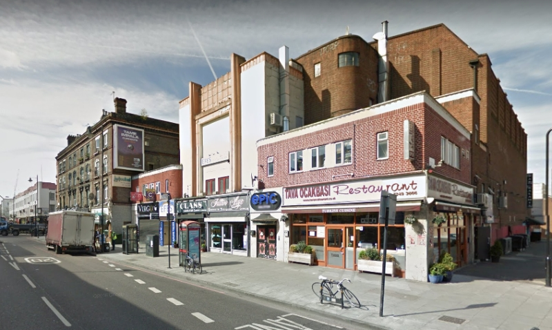 A Google StreetView Image of the former Savoy Theatre, Stoke Newington - Click to Interact