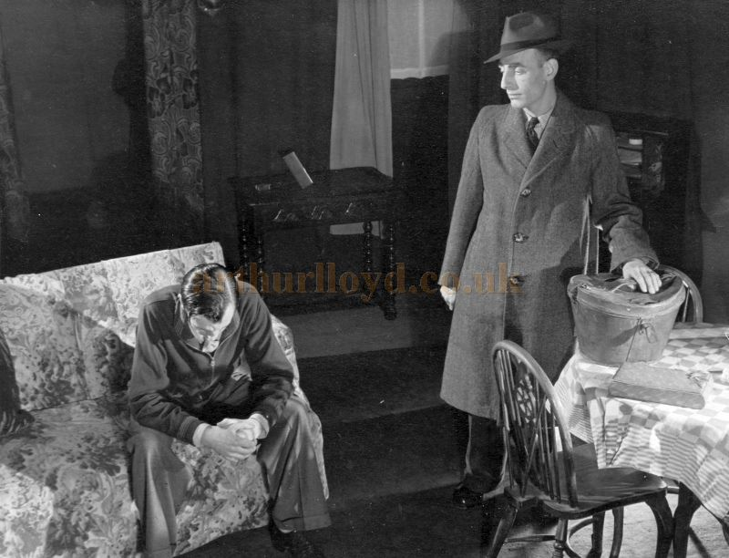 A photograph of the Gordon Players production of Emlyn Williams 'Night Must Fall' at the Twentieth Century Theatre in April 1947 - Courtesy Jan Mackay .