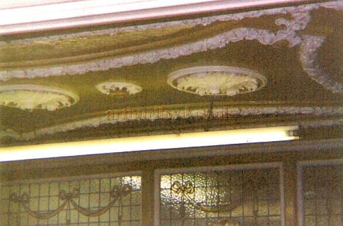 A Photograph of the ceiling of the foyer of the former Twentieth Century Theatre in 1998 - Courtesy The Margaret & Brian Knight Collection.