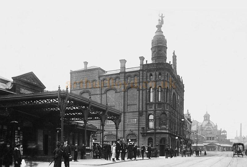 The Station, Grand Theatre, and Her Majesty's Theatre, Walsall in 1913 - Courtesy John Griffiths