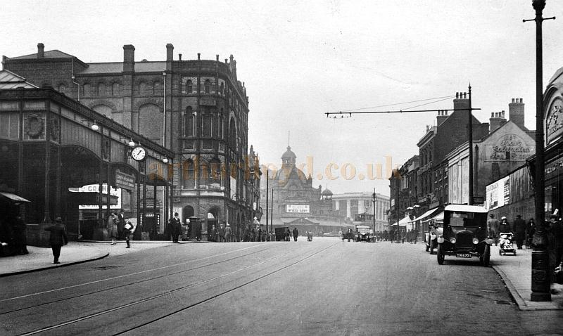 The Station, Grand Theatre, and Her Majesty's Theatre, Walsall in 1930 - Courtesy John Griffiths