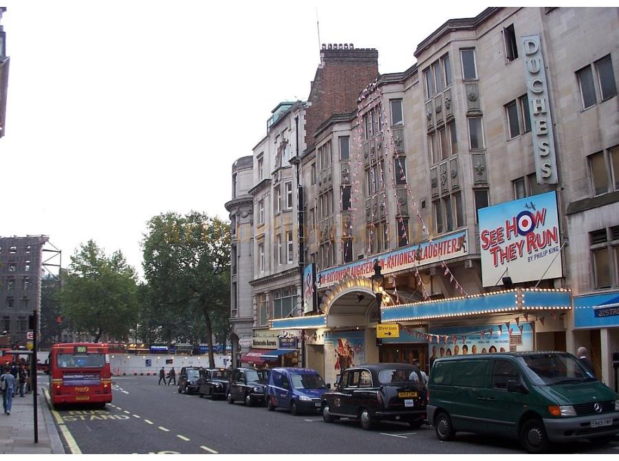The Duchess Theatre showing 'See How They Run' in 2006.