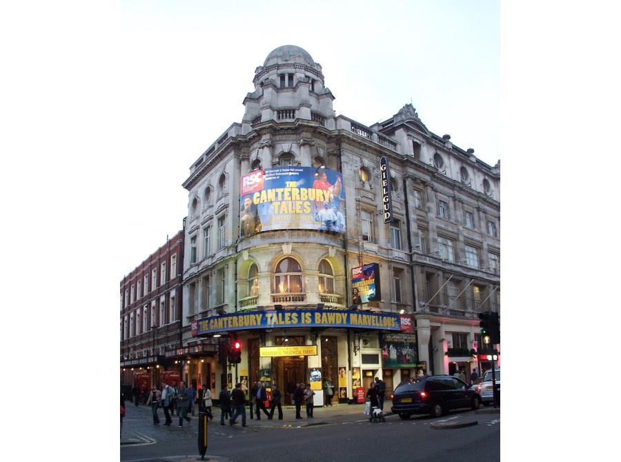 The Gielgud Theatre showing 'The Canterbury Tales' in 2006.