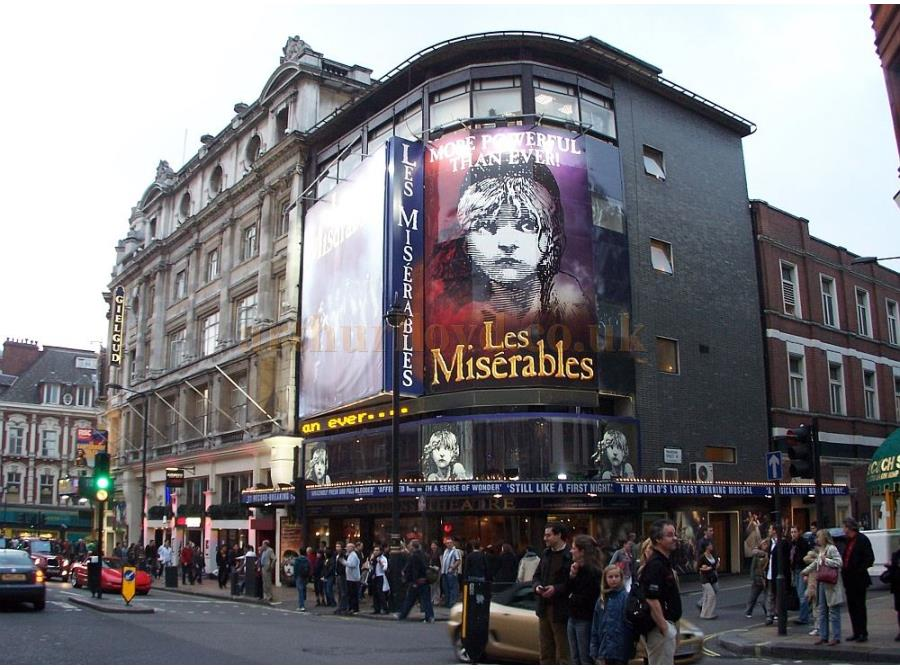The Queen's Theatre showing 'Les Miserables' in 2006.
