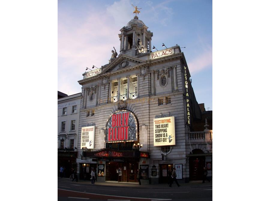 The Victoria Palace Theatre showing 'Billy Elliot' in 2006.