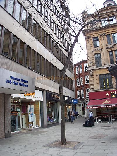 The Site of the Holborn Empire in 2008 - Photo M.L.