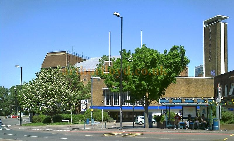 The Granada Cinema, Woolwich in use as a Gala Bingo Hall in 2008 - Photo M.L.
